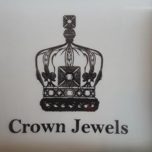 CROWN JEWELS SOUVENIR Trinket dish..